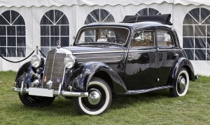 800px-Mercedes-Benz_170_DS_front_20110611