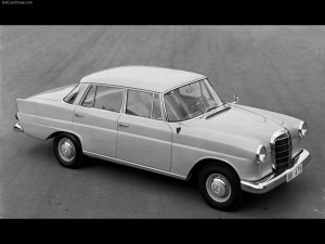 Mercedes-Benz-190_1961_1024x768_wallpaper_02