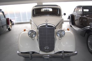 Mercedes-Benz W136 (W191) 1935-1955 (1950 170s sedan 4d) (01) [AB1]