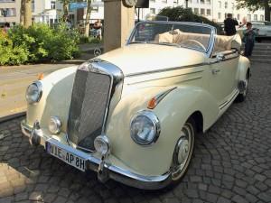 mercedes-benz-220-w187-cabriolet-bei-85748